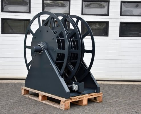 Industrial hose reel