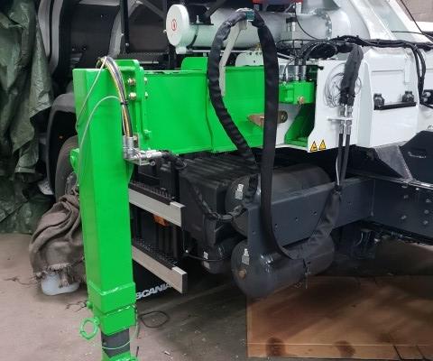 Vrachtwagen truck opbouw Van Boekel steunpoot