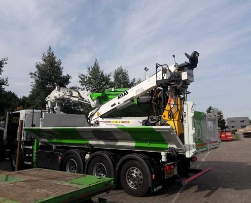 Vrachtwagen truck opbouw Van Boekel tweezijdige klep