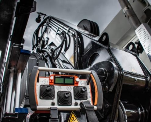 Bofram afstandsbediening zware Atlas autolaadkraan Peter Peters Schaijk