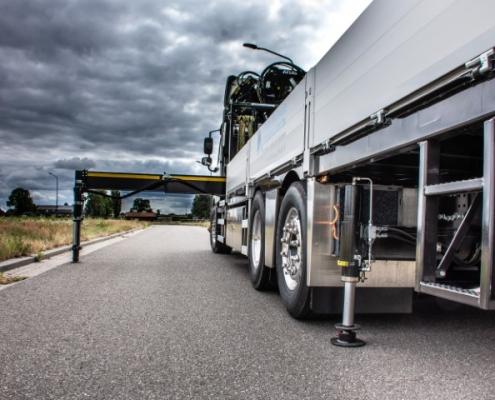 Bofram steunpoten opbouw zware Atlas autolaadkraan Peter Peters Schaijk