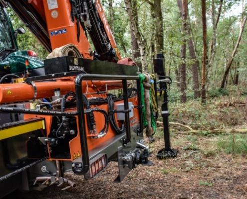 Veiligheidsbeugel Bofram Techniek Tractor met Atlas autolaadkraan